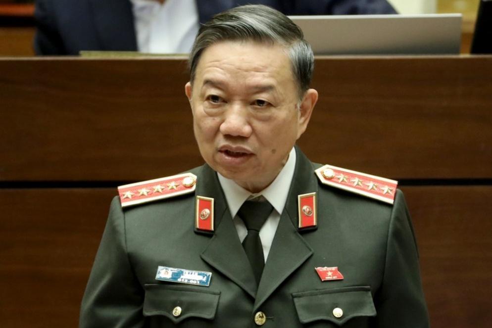 Bộ trưởng Công an Tô Lâm trong nhiều phiên thảo luận, giải trình ở Quốc hội đều khẳng định quyết tâm xây dựng, hoàn thiện cơ sở dữ liệu quốc gia về dân cư. Ảnh: Quốc hội.