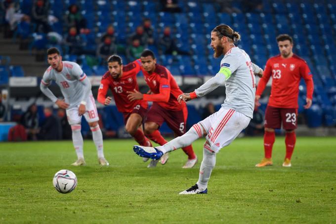 Ramos 2 lần đá hỏng penalty