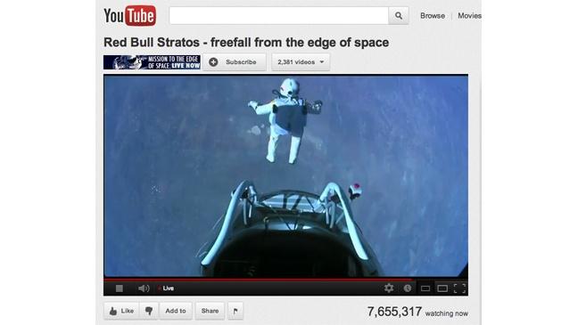 Cú nhảy của phi hành gia Felix Baumgartner mới là video đang có lượt xem trực tiếp cùng lúc cao nhất trên YouTube. Ảnh: Hollywood Reporter.