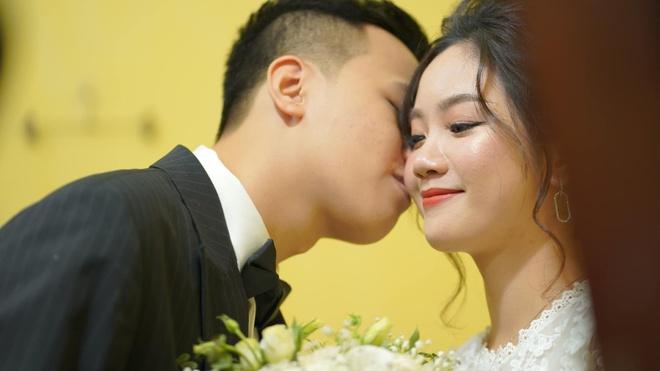 Chim Sẻ Đi Nắng tổ chức đám cưới ngày 16/11.