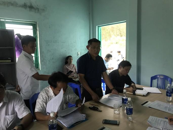 Ông Lê Văn Khoa phát biểu tại cuộc họp