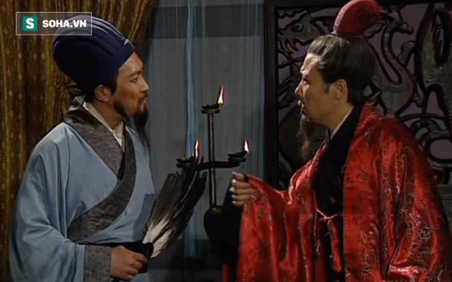 Hình ảnh nhân vật Gia Cát Lượng và Lưu Bị trên phim.