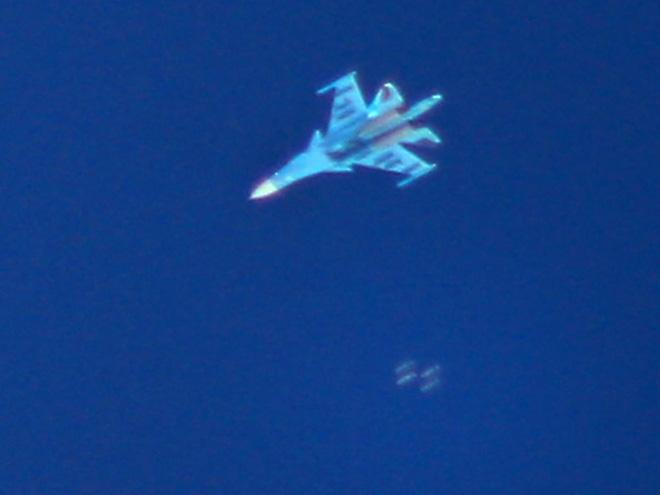 Máy bay chiến đấu Su-34 Không quân Nga đánh bom các vị trí của khủng bố Syria ở Idlib. Ảnh: AFP.