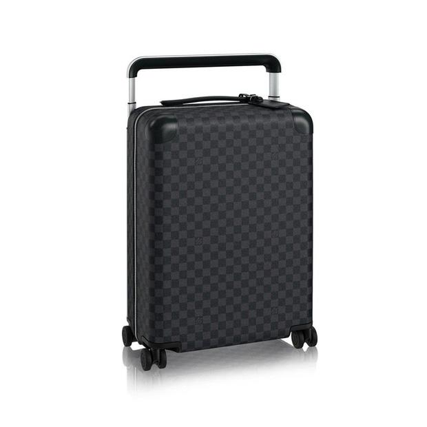 Louis Vuitton Horizon 55 Damier Graphite Suitcase có giá 75 triệu đồng.