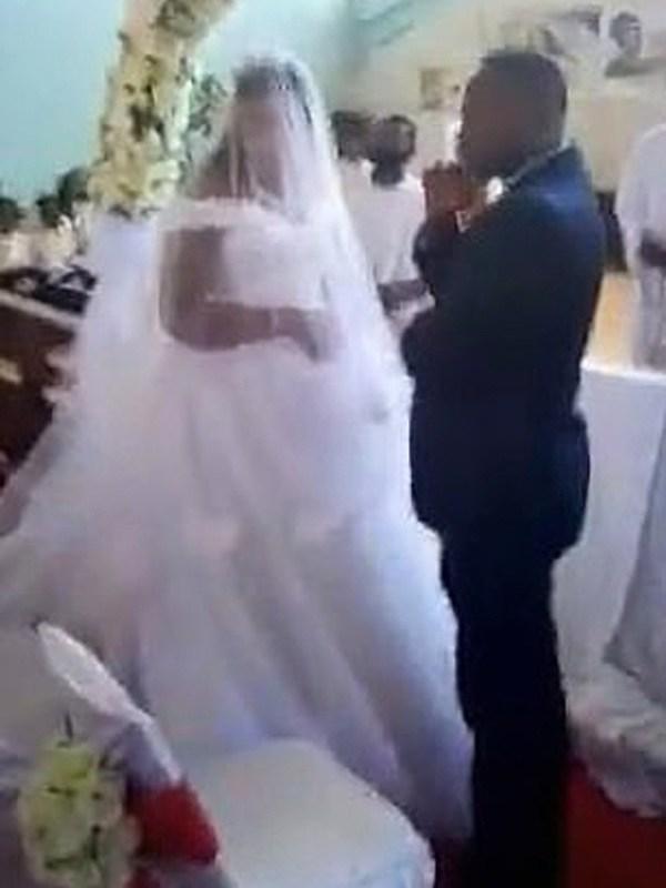 Những vụ dan díu của cô dâu chú rể bị amp;#34;bóc phốtamp;#34; ngay trong đám cưới, quan khách sốc nặng - 5
