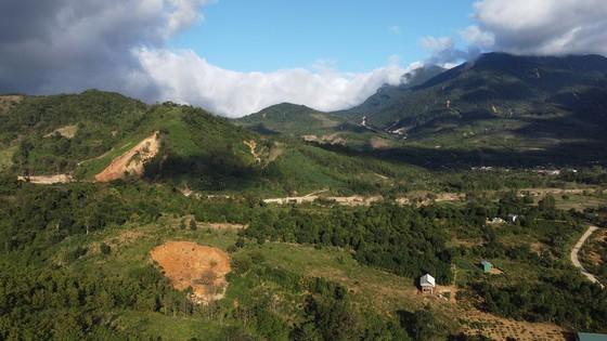 Tại xã Hướng Sơn nhiều điểm sạt lở gần khu vực dân cư sinh sống