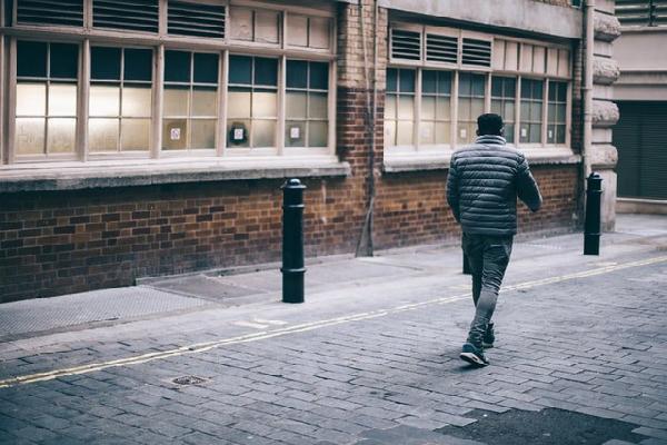 Người đàn ông đi bộ một mạch 418 km để giải tỏa stress sau khi cãi nhau với vợ