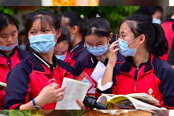 Nhóm chat phụ huynh và giáo viên bị coi là 'tham nhũng' ở Trung Quốc