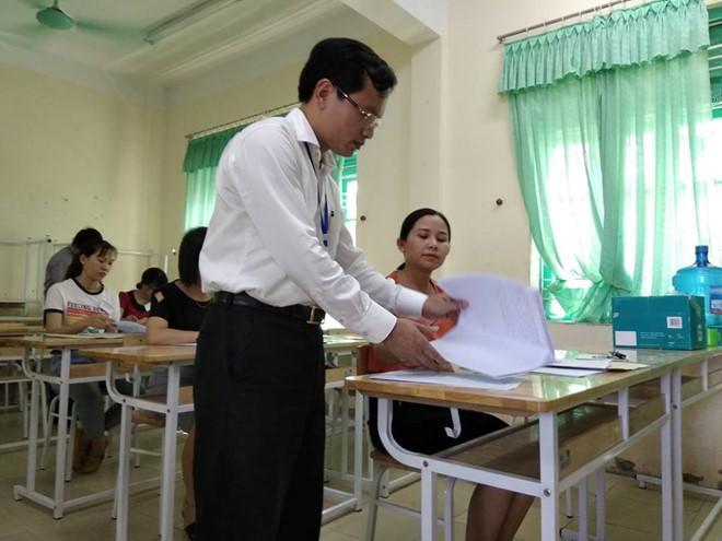 Hoa Binh bao cao Bo GD&DT ve diem thi nghi van cao bat thuong hinh anh 1