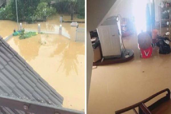 Phú Thọ: Bàn ghế giường tủ trôi… thị trấn ngập trong biển nước