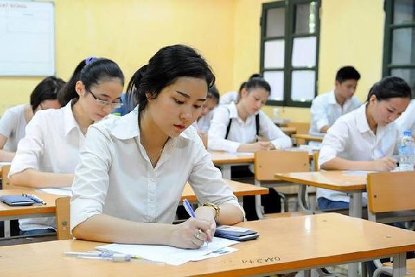 Trường đại học y dược lo lắng về tiêu cực điểm thi THPT quốc gia