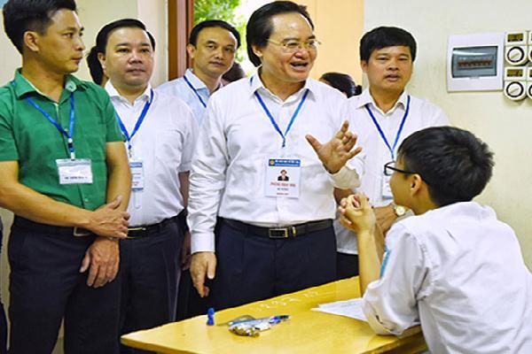 Bộ trưởng Phùng Xuân Nhạ yêu cầu báo cáo trung thực về kỳ thi THPT