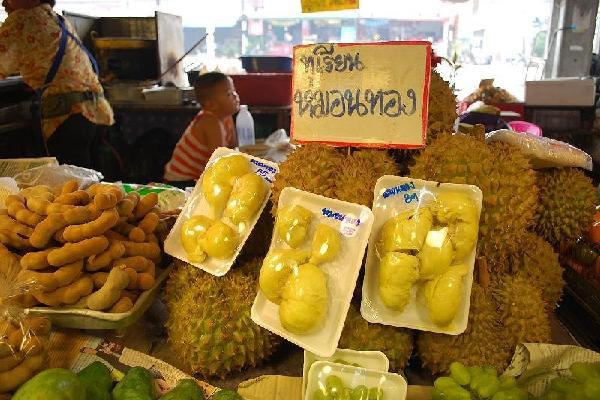 Thái Lan 'mượn' Việt Nam bán sầu riêng cho Trung Quốc