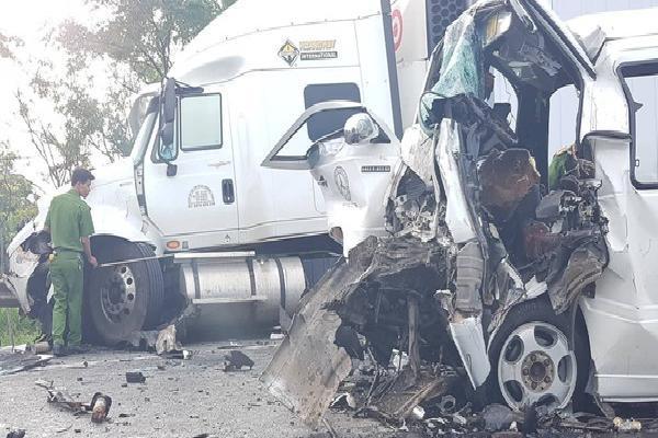 Nguyên nhân ban đầu vụ tai nạn thảm khốc khiến 17 người trong đoàn rước dâu thương vong