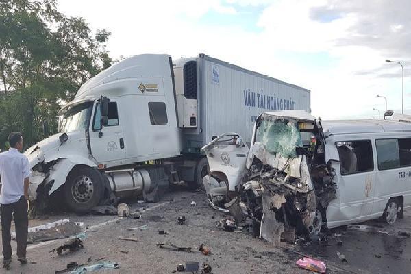 Xe rước dâu gặp nạn khiến chú rể và 12 người thân chết thảm hoạt động 'chui', không có camera hành trình