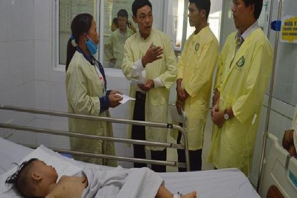 4 người bị thương trong vụ tai nạn giao thông xe rước dâu đã qua cơn nguy kịch
