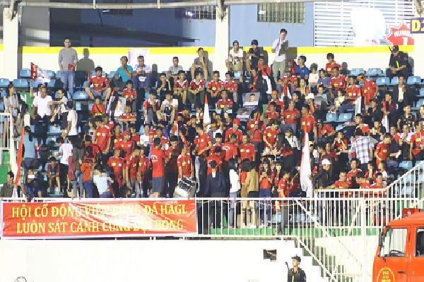 HAGL nhận trách nhiệm trong sự cố cuối trận đấu với CLB Hà Nội