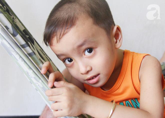 Bị điện giật cháy người không có tiền chạy chữa, bố xót xa nhìn con trai 4 tuổi không nhận ra mình - Ảnh 2.