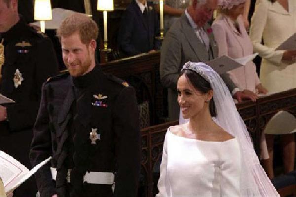 Những chuyện 'thâm cung' của Hoàng gia Anh