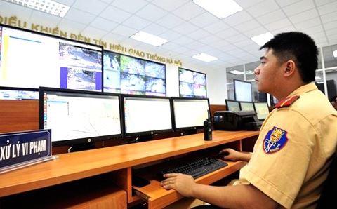 Camera giám sát người đua xe trái phép mùa World Cup 2018