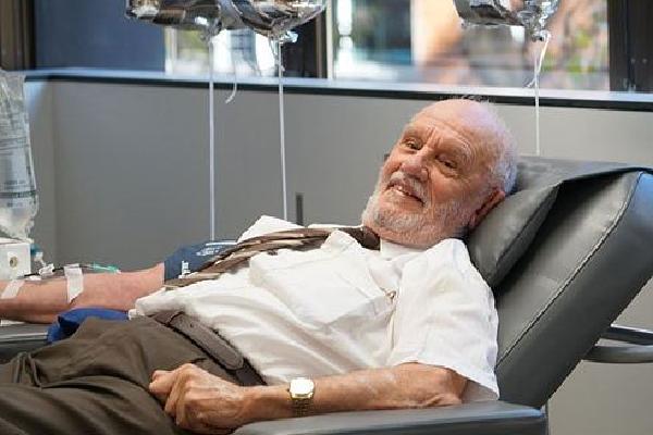 1.173 lần hiến máu cứu sống 2,4 triệu trẻ em Australia