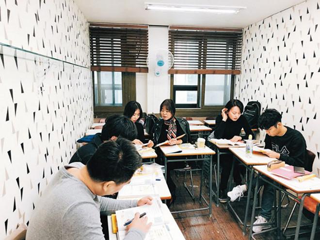 Người Hàn đổ xô học tiếng Việt để tìm kiếm cơ hội làm ăn