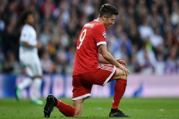 Bayern thua đậm, Dortmund suýt mất top 4 ở vòng cuối Bundesliga