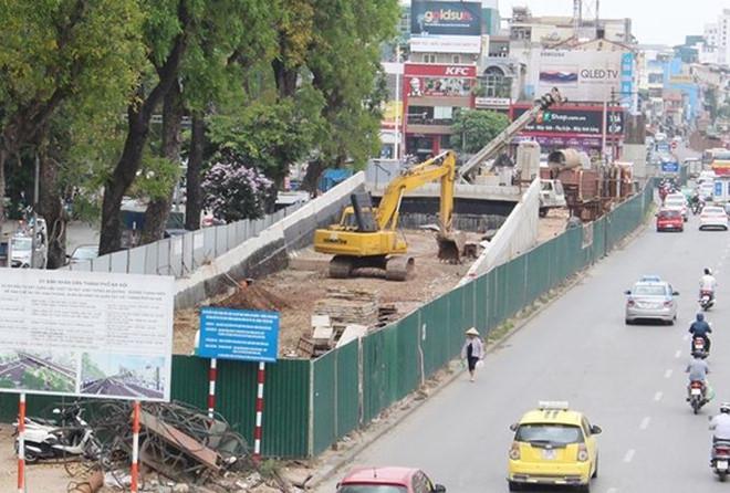 Hà Nội nêu tên điểm đen ùn tắc giao thông do dự án 'rùa bò'