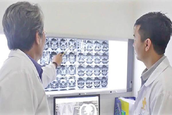'Bác sĩ ảo' lên phác đồ trị ung thư trong 2 phút ở bệnh viện Phú Thọ