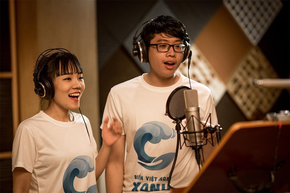 Khánh Linh và giọng ca trẻ Tuấn Anh
