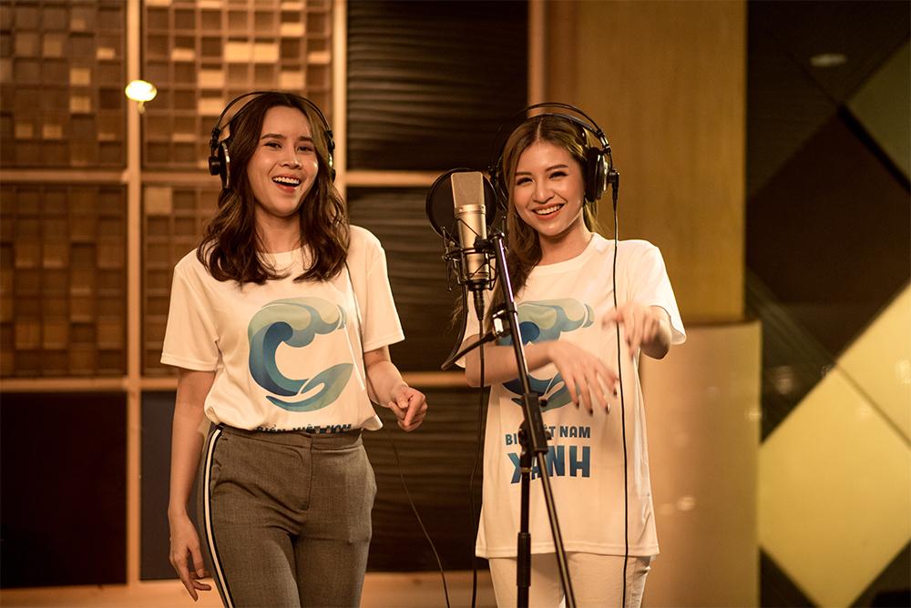 Nữ ca sĩ Lưu Hương Giang song ca cùng Shin Hồng Vịnh