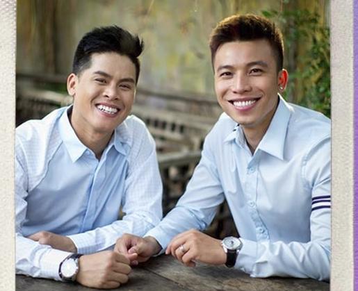 Cuộc tình 9 năm của John Huy Trần và Huỳnh Nhiệm: Chỉ cần có đủ niềm tin và tình yêu, rồi hạnh phúc ngọt ngào sẽ đến!