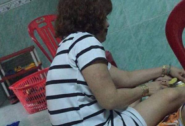 Đà Nẵng: Clip bảo mẫu đánh đập, bóp cổ nhiều trẻ nhỏ trong lúc đang cho ăn gây phẫn nộ