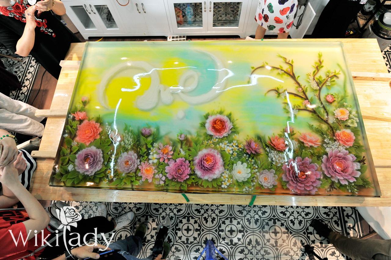Bức tranh đẹp long lanh khiến mọi người có mặt tại sự kiện đều trầm trồ