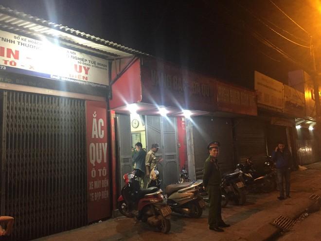 Danh tính kẻ cầm súng lao vàng cướp tiệm vàng giữa đêm ở Hà Nội