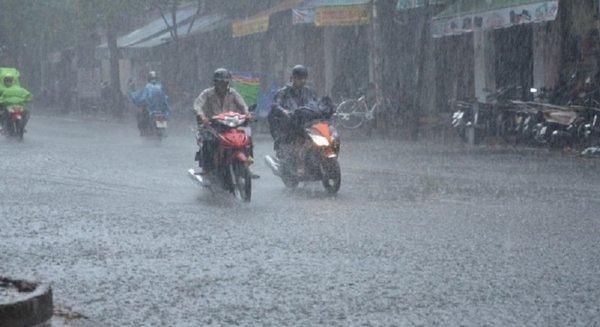 Dự báo thời tiết 4/4: Vùng núi sắp rét đậm, Hà Nội 15 độ