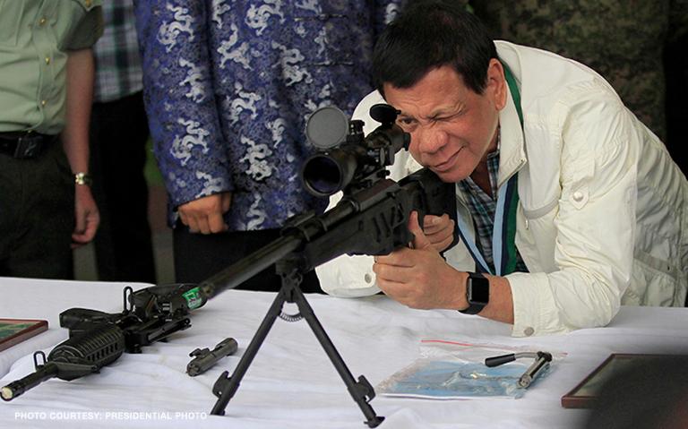Duterte khuyên tội phạm ma túy vào tù nếu muốn sống lâu hơn