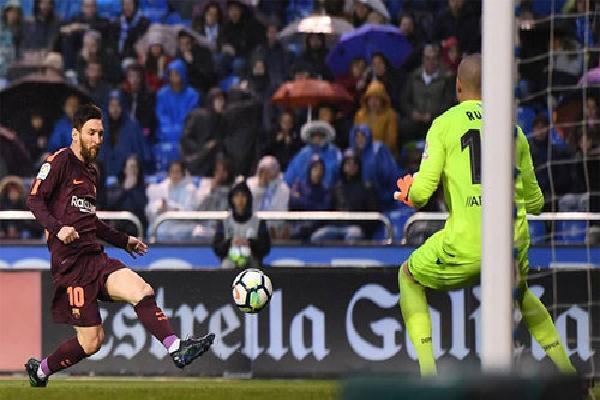 Messi lập hat-trick, Barca vô địch La Liga sớm bốn trận