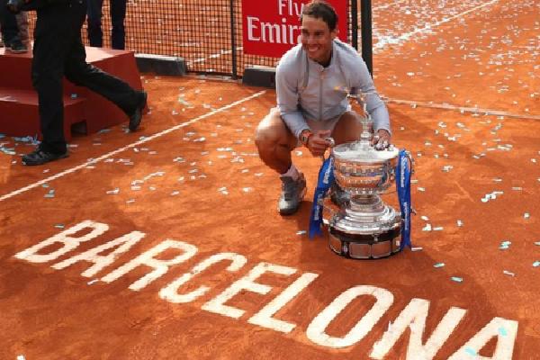 Nadal vô địch Barcelona Mở rộng, lập kỷ lục làng banh nỉ