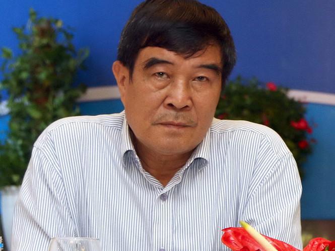 Chung phòng với cô gái trẻ, ông Nguyễn Xuân Gụ chờ ngày bị hất khỏi VFF