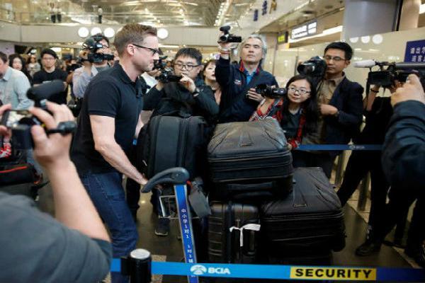 Nhà báo quốc tế tới Triều Tiên trước vụ đóng bãi thử hạt nhân