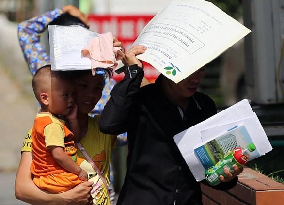 Cẩn trọng khi trẻ bị say nắng