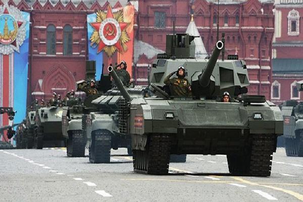 Những 'siêu phẩm' lần đầu tiên trình làng trong lễ duyệt binh Nga