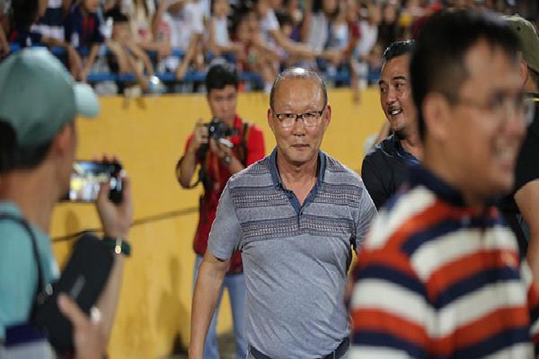 """HLV Park Hang Seo là người vui nhất sau trận """"nội chiến U23 Việt Nam"""""""