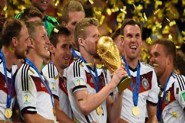 Dự đoán đầu tiên về World Cup 2018: Tuyển Đức vô địch