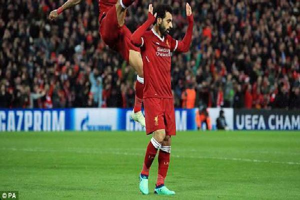 'Salah cũng không đủ trình khoác áo Real Madrid, Liverpool sẽ thua 1-4'