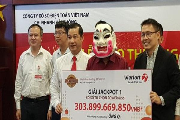 Tiết lộ bất ngờ của sếp Vietlott về những tỷ phú xổ số Việt Nam