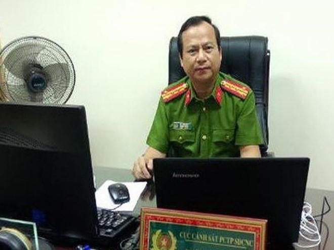 Đại tá Dũng, Phó cục trưởng C50.