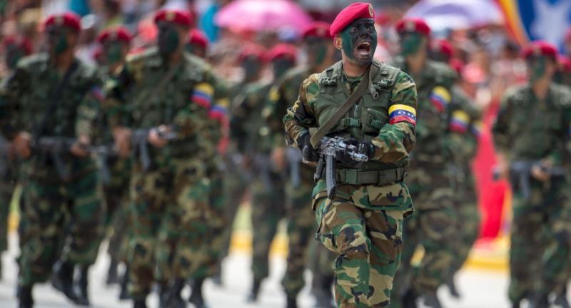 Venezuela tập trận không quân
