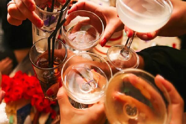 Bộ Y tế nói người Việt uống rượu bia nhiều, doanh nghiệp cãi 'thấp'
